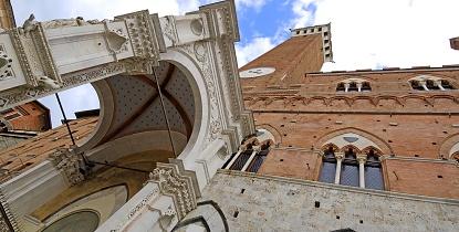 Siena Online Siena - Cappella di Piazza