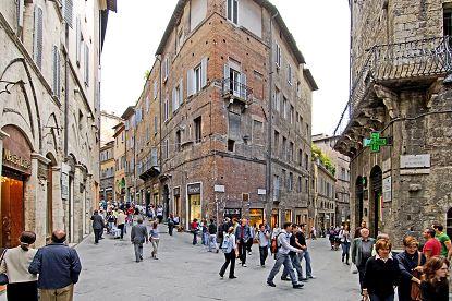 Siena Online Siena - Piazza Croce del Travaglio