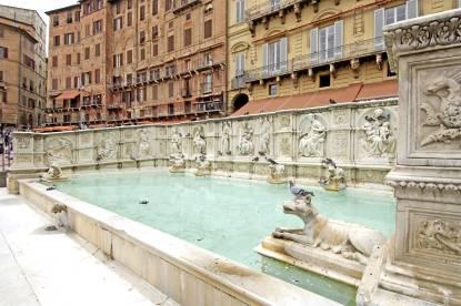 Siena Online Siena - Fonte Gaia